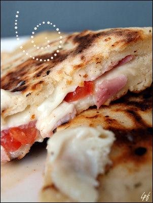 naans-mozza