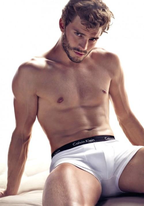 Jamie-Dornan-sexy
