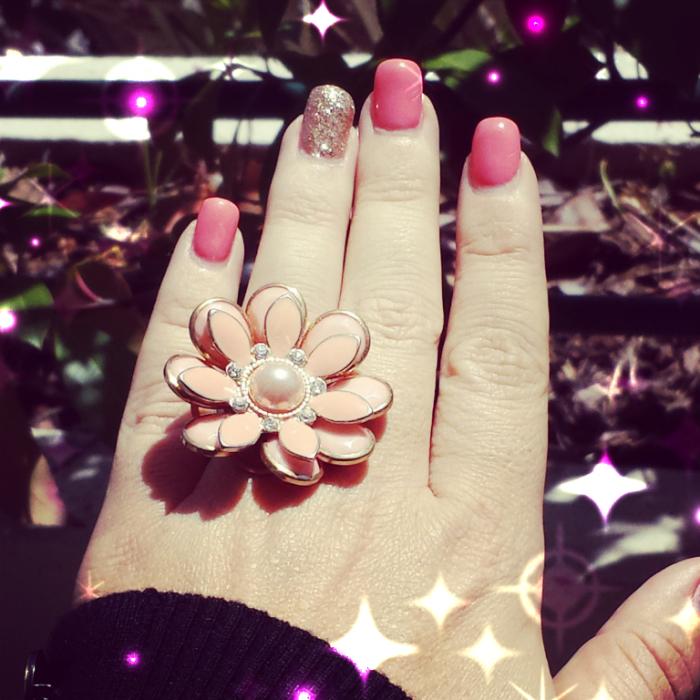 Montre-moi tes ongles (mai) corail et doré