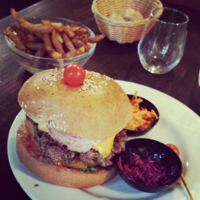 Week-end en famille à Montpellier Burger et blanquette