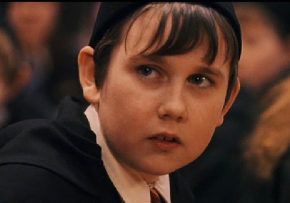 Ces moches devenus sexys : Matthew Lewis Neville de Harry Potter