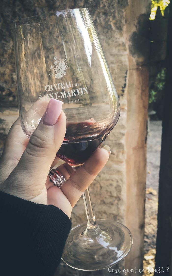 Dégustation de vin au Château de Saint-Martin, cru classé en Provence