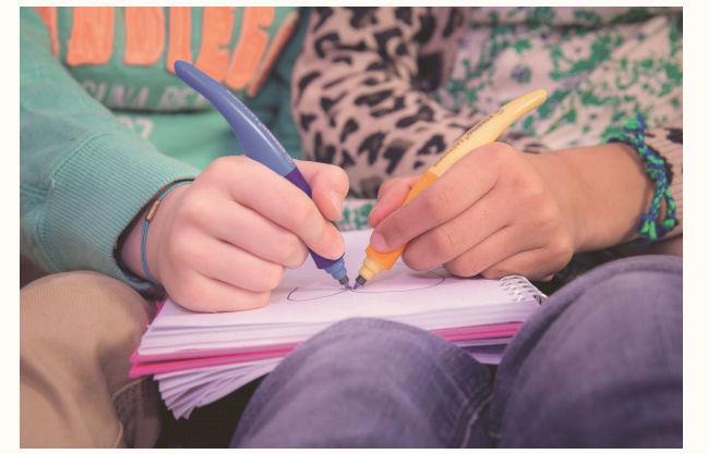 Apprendre à écrire avec Stabilo EasyStart