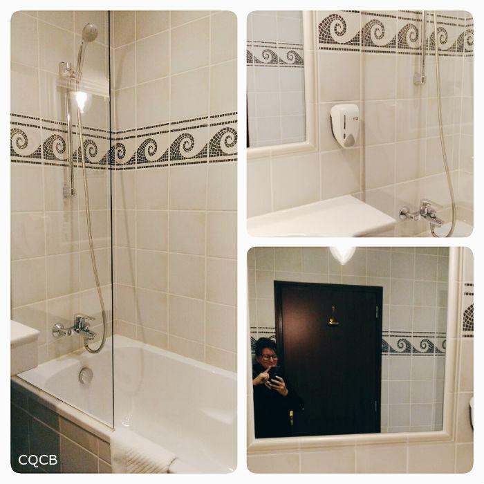 On a testé l'Hôtel des Pirates de Nigloland : la salle de bain