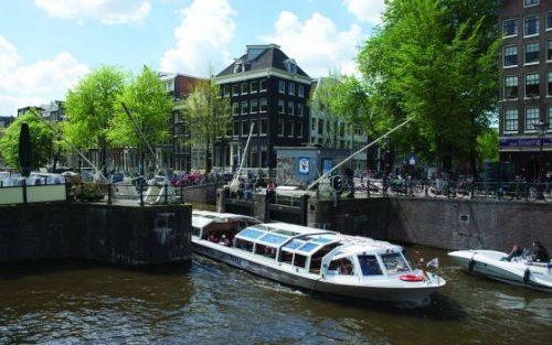 Amsterdam, se promener sur les canaux