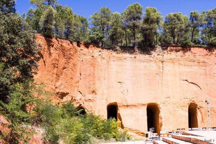 Voyage en famille dans le Luberton : les Mines de Bruoux
